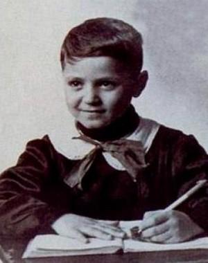 Маленький Джанни Версаче