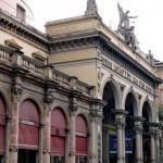 Театр в Болонье