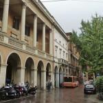 Площадь Кавур в Болонье
