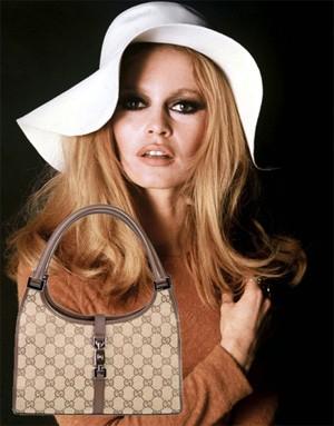 Бритжит Бардо и сумка от Gucci