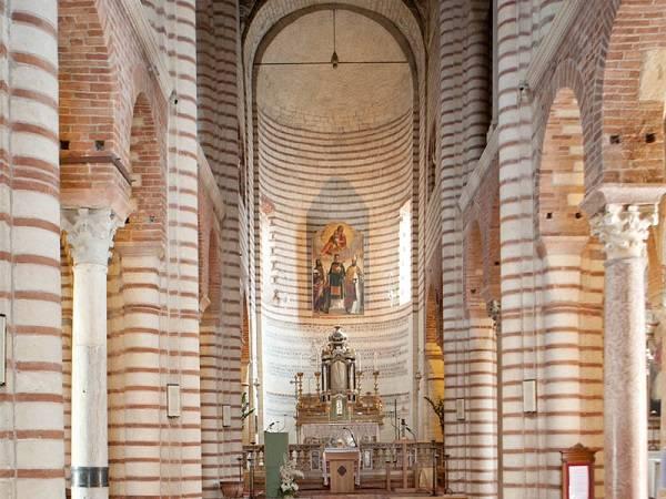 Церковь Сан Лоренцо в Вероне
