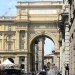 Вход в историческую часть города Флоренция
