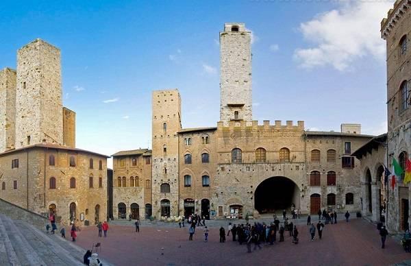 Достопримечательность Тосканы - Палаццо Нуово дель Подеста